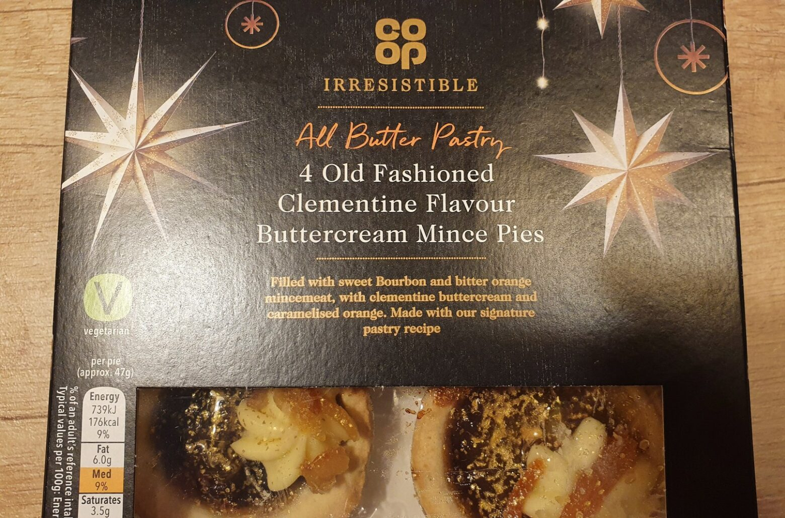 Co-op Old Fashioned Clementine Flavour Buttercream Mince Pie Review 2020